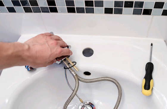 Why Should You Handover Your Plumbing Works To A Pro?